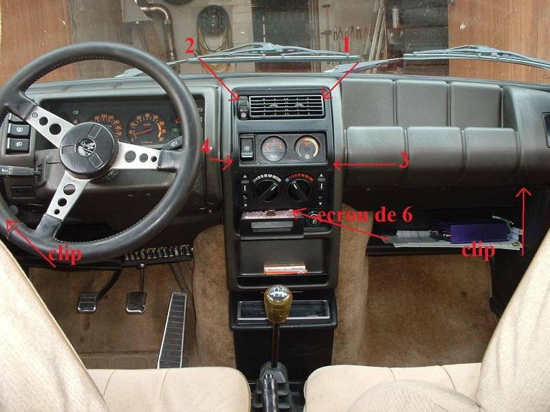 D montage d 39 un tableau de bord for Renault super 5 interieur