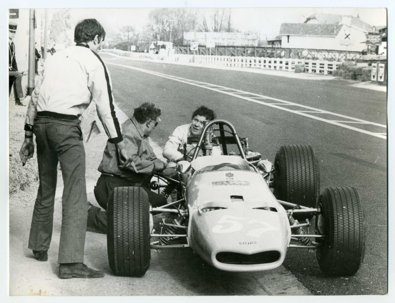 Martini histoire de la marque histoires du sport for Garage automobile pau