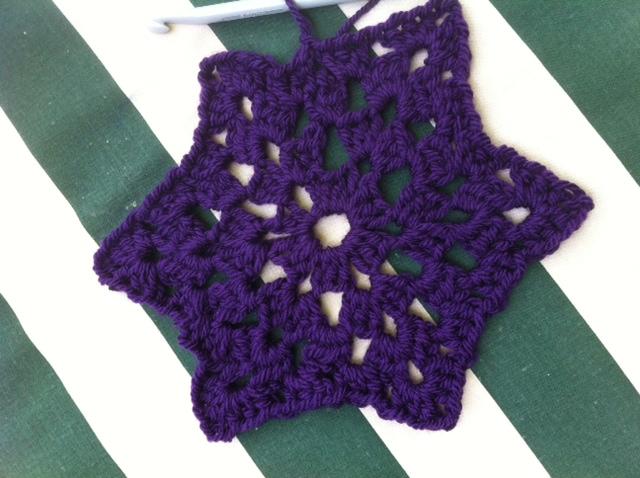 http://i32.servimg.com/u/f32/12/22/78/71/croche10.jpg