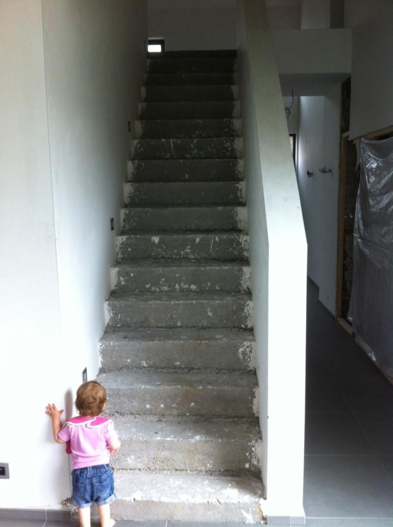 tous je vais recouvrir mon escalier béton de bois chêne sans doute