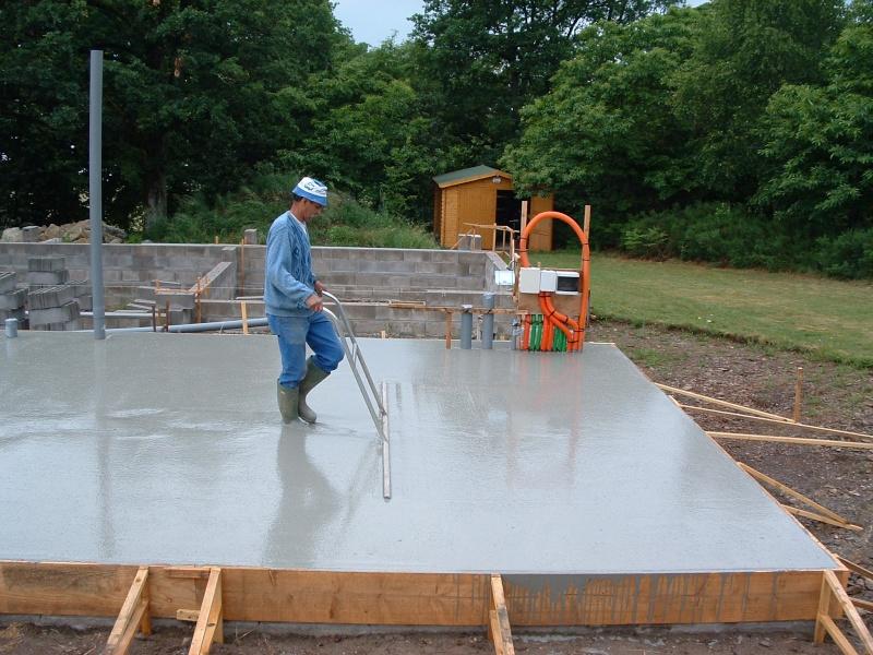 Poser une dalle b ton votre conseil - Faire une dalle beton garage ...